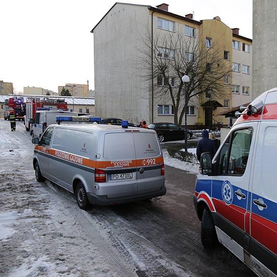 Tragiczny pożar w mieszkaniu przy Malczewskiego. Nie żyje mężczyzna! Zobacz film!